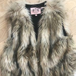 Juicy Couture Faux Fur ZIP Up Vest Size Large